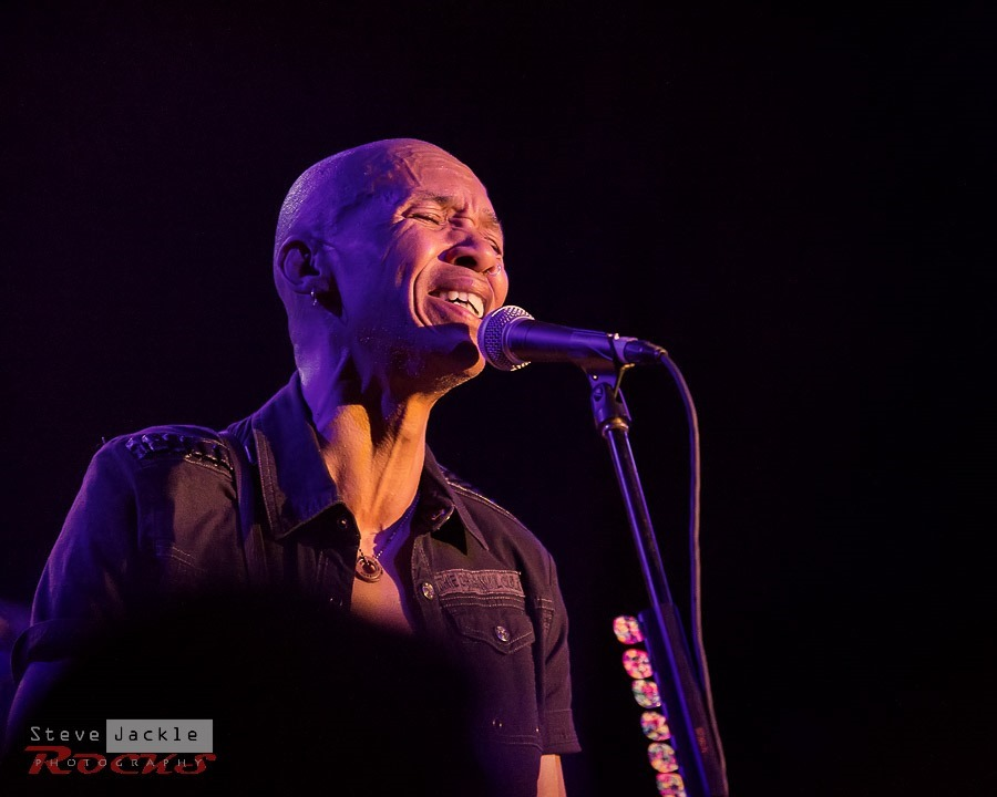 Doug Pinnick makes you feel the vocal.
